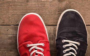 Mismatched Shoes - zwei verschiedenfarbige Schuhe