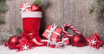 Nikolausstiefel mit Geschenken