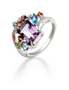 Schmuck - ein Ring als edles Accessoire