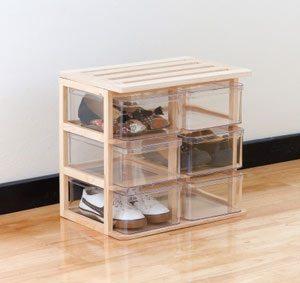 Schuhe in einer Schuhbox aufbewahren