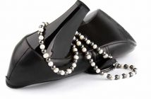 Passender Schmuck zu hohen Schuhen