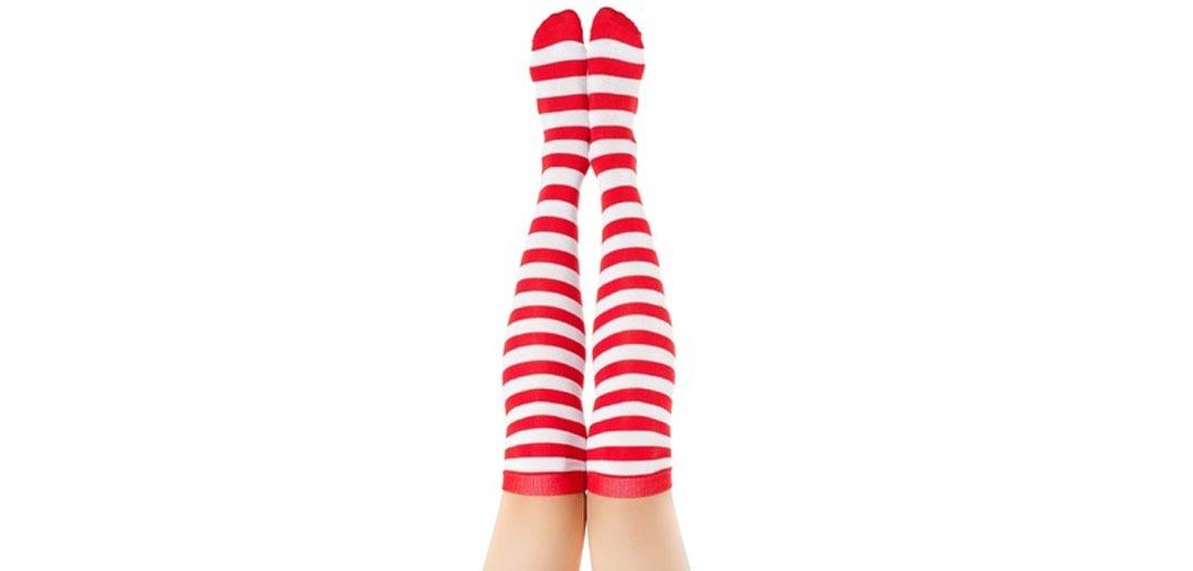 Strümpfe und Socken gehören zur Schuhmode