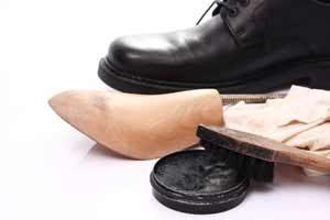 Zubehör für Schuhe - Einlegesohlen, Schuhbürste, Schuhspanner, Schuhlöffel